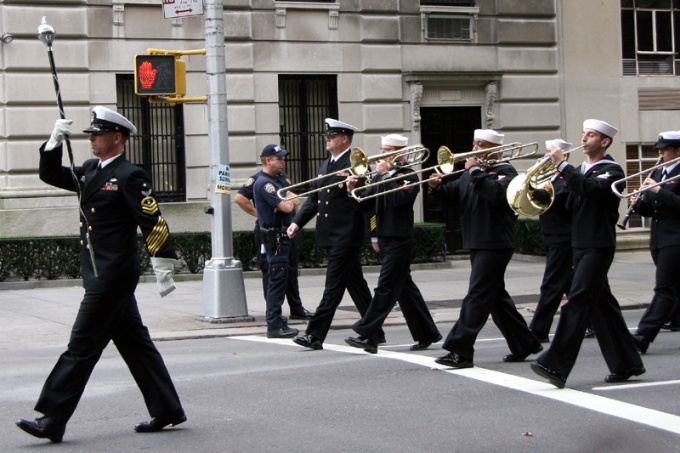 img_8045_band_leader_columbus_day_parade_10_13_08